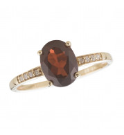 14KT Yellow Gold 8x6 Oval Garnet Birthstone Ring (January)